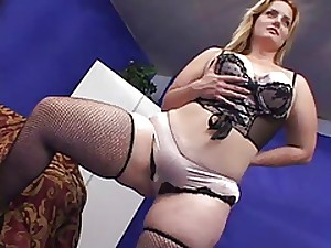 Hawt BBW MILF Receives BBC CREAMPIE (shes cute)