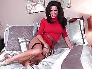 Wanking off for step mommie Veronika Avluv
